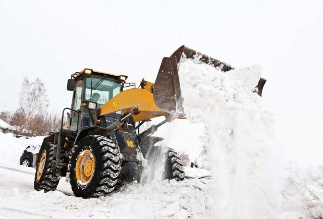 Очистка и вывоз снега