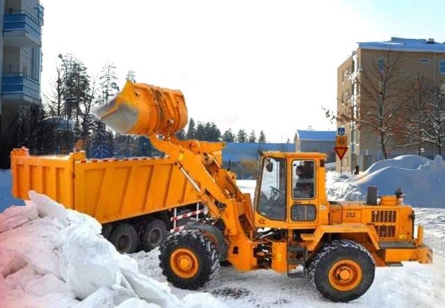 Вывоз снега с территории предприятия