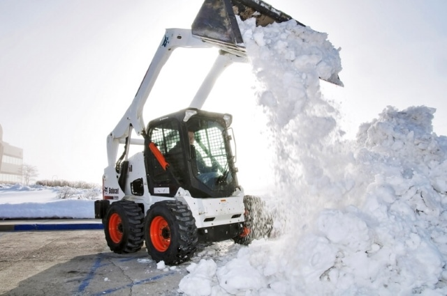 Вывоз снега в ЮАО