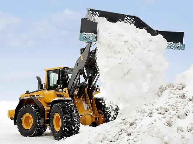 Вывоз снега в ЗАО
