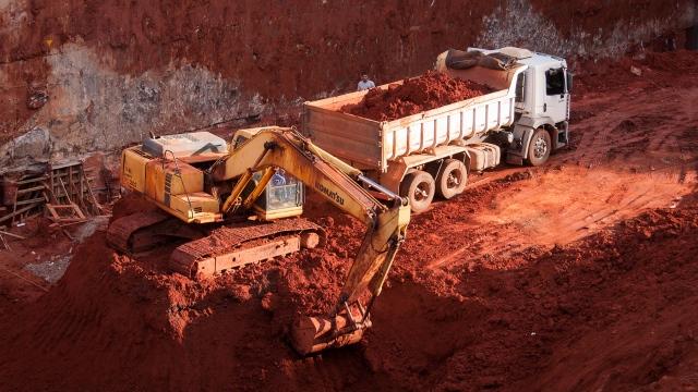 Вывоз грунта в Южном административном округе