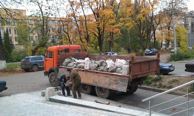 Вывоз мусора с грузчиками в ЗАО
